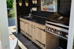 Garden & Facilities - Gardenkitchen  -BBQ 7