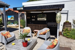 Garden & Facilities - Gardenkitchen  -BBQ 8